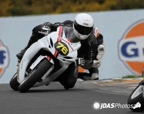 Sponsor rider Geoff Batt